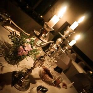 Gemütliche Atmosphäre im Kerzenschein